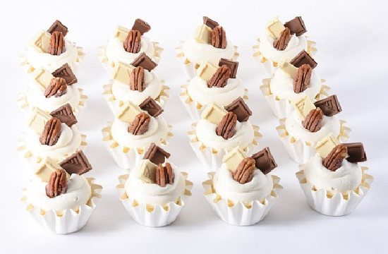 Caramel Dairy Cheese Fluted Cups