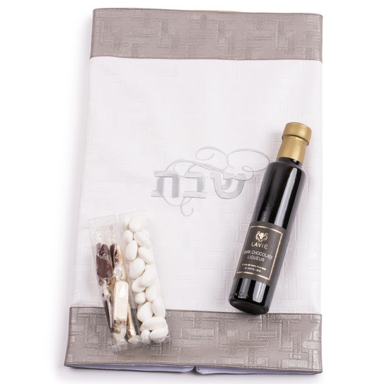 Challa Cover With Liquor, Chocolates and Almonds