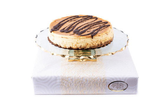 Cheese Cake on Cake Stand