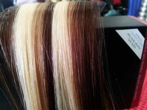 45 cm 100% Human Remy Hair ,6 cm base ,10 per box.