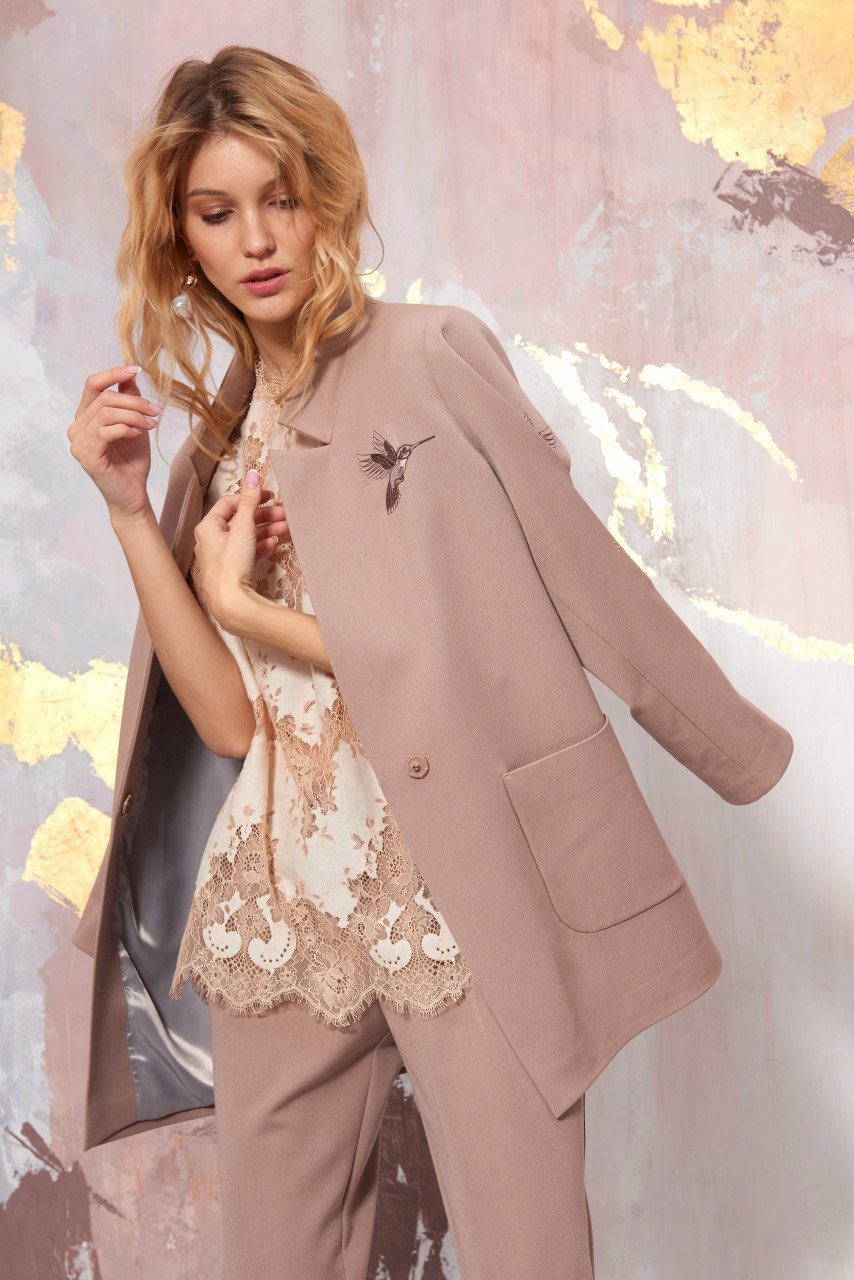 Beige blazer with embroidered hummingbirds by SEVEN LAB