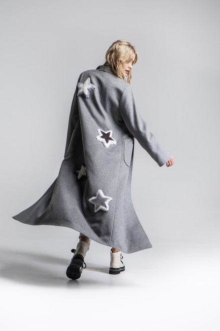 """""""APPLICATION IN THE FORM OF STARS MADE OF FUR ON THE BACK"""" Coat robe with belt SEVEN LAB"""