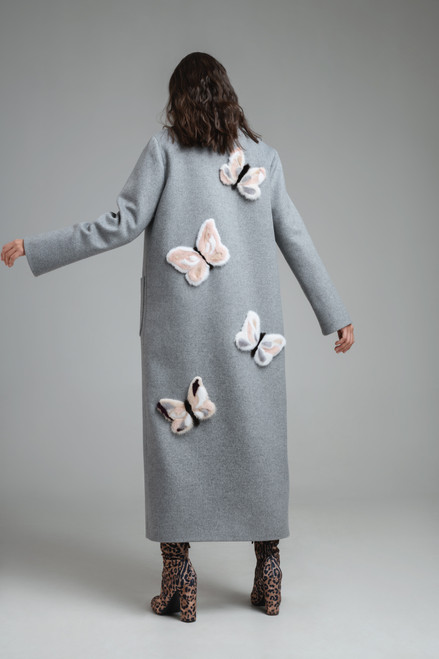 """""""APPLICATION IN THE FORM OF BUTTERFLIES MADE OF FUR ON THE BACK"""" Coat robe with belt SEVEN LAB"""