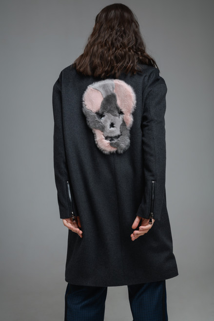 """""""APPLIQUE IN THE SHAPE OF A SKULL MADE OF FUR"""" Loose Coat with slant closure SEVEN LAB"""