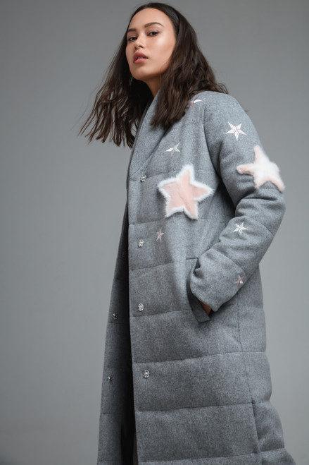 """""""APPLICATION IN THE FORM OF STARS MADE OF FUR"""" Grey quilted Coat with synthetic insulation SEVEN LAB"""