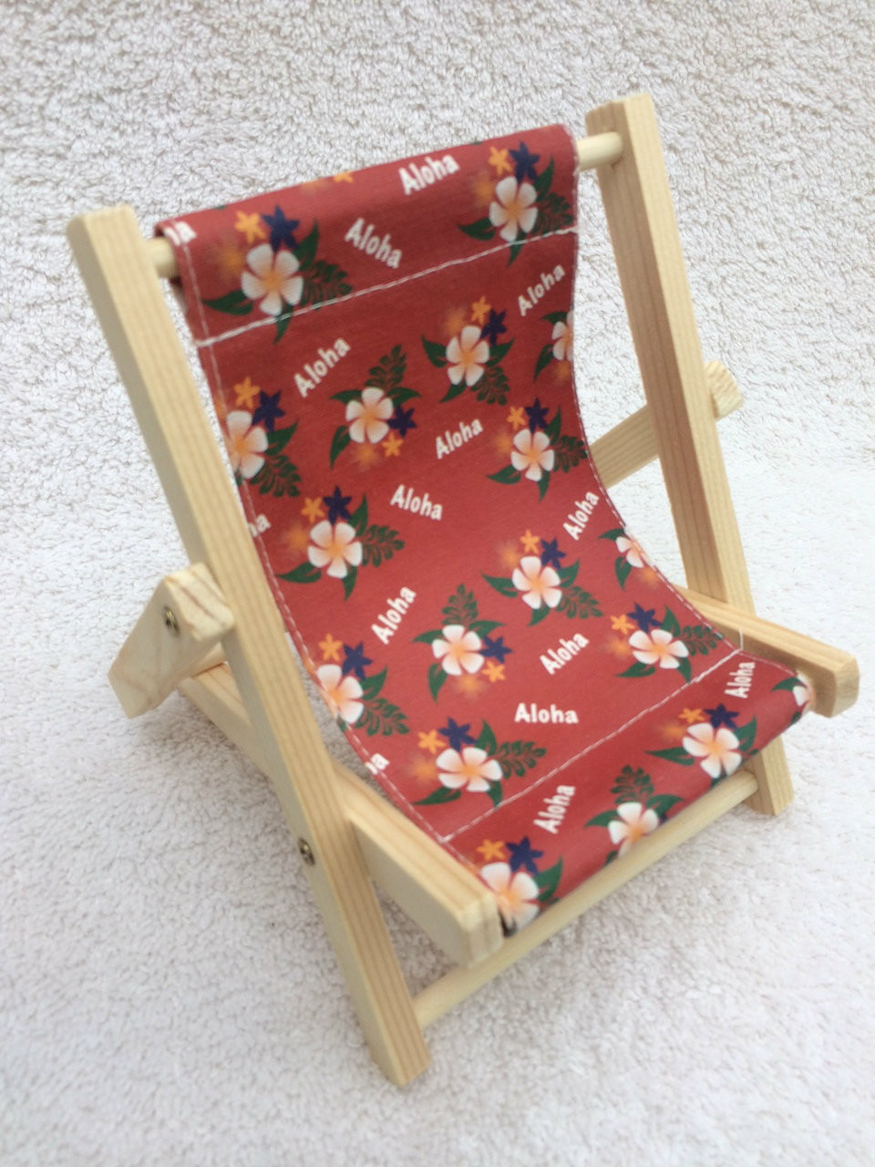 Excellent Large Cell Phone Beach Chair Aloha Red Beatyapartments Chair Design Images Beatyapartmentscom