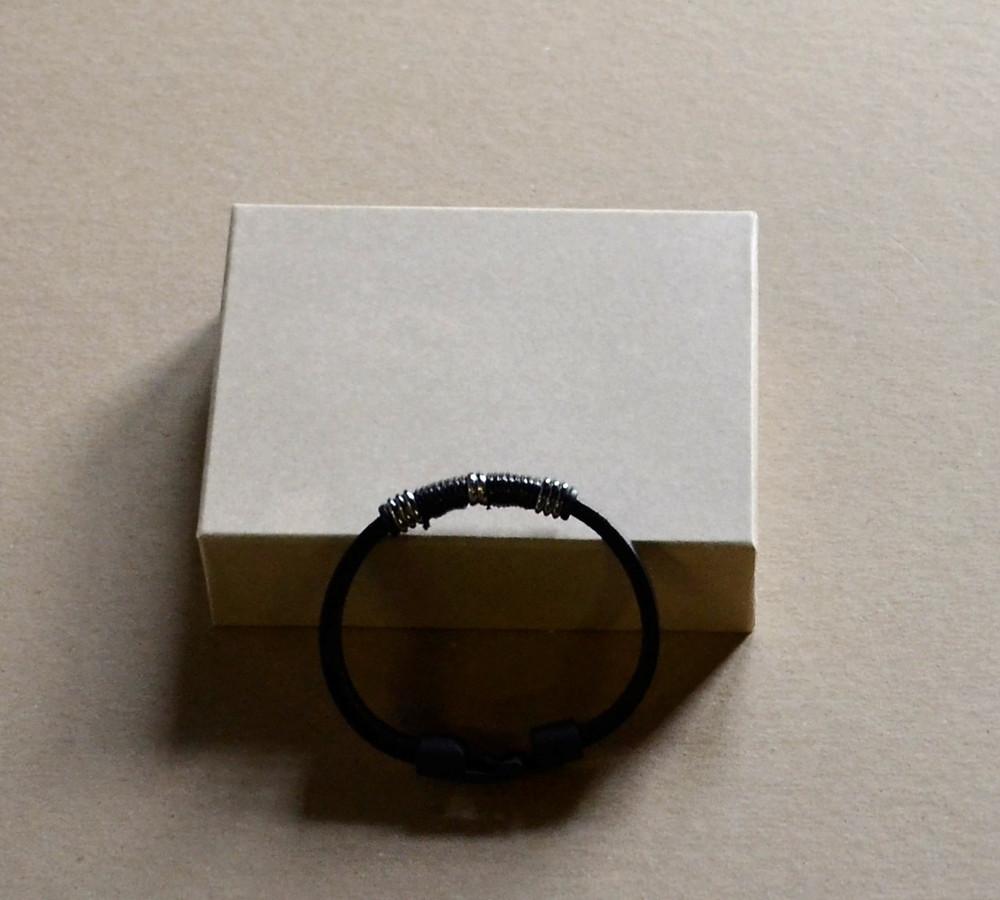 leather bracelets 2