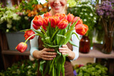 4 Happy Occasions Where You Should Engage a Flower Delivery Service