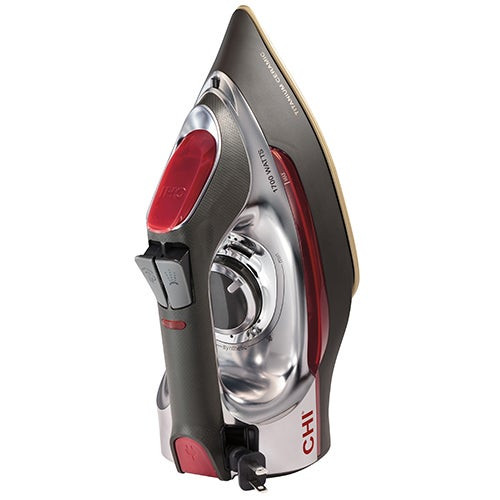 Retractable Cord Deluxe Steam Iron w/ Ceramic Soleplate