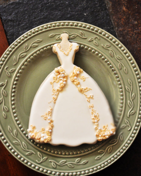 Decorated cookie by Marinold Cakes on etsy.