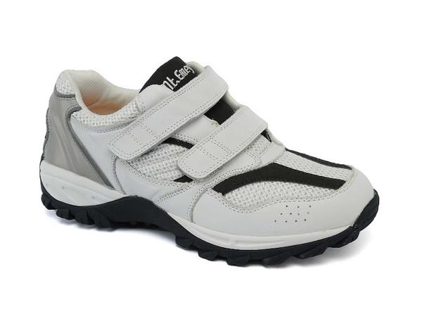 Apis 9702-V - Men's Strap Athletic Shoe