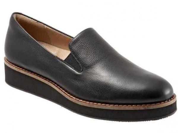 Softwalk Whistle - Women's Casual Shoe