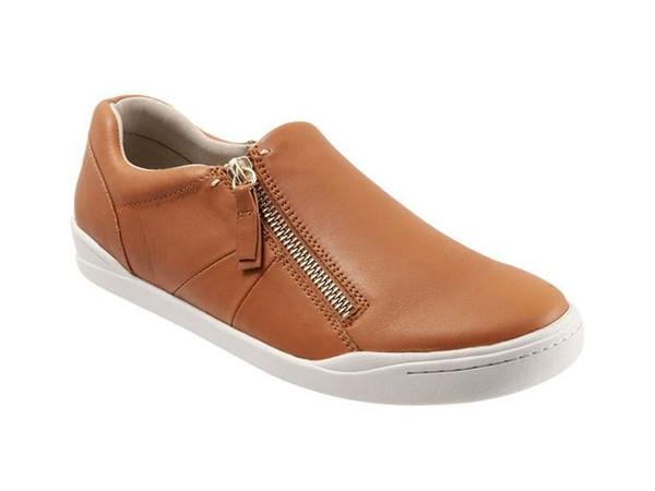Softwalk Arezzo - Women's Sneaker