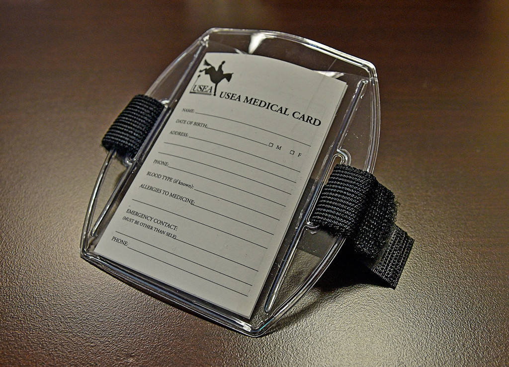 Armband and Medical Card