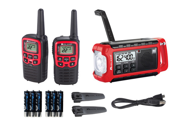 Stay connected no matter where you are with the EX210VP E+Ready Bundle. This bundle comes with an ER210 emergency weather alert crank radio and a pair of X-Talker T31 walkie talkies. The EX210VP compact bundle is easily stowed anywhere.
