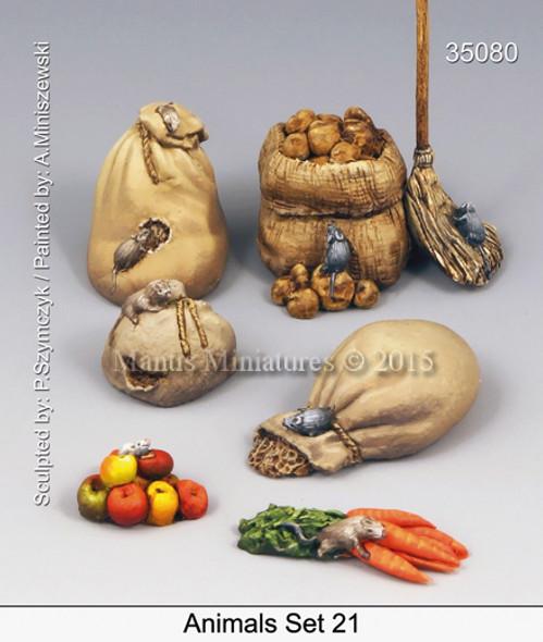 Animals Set 21- rats on food