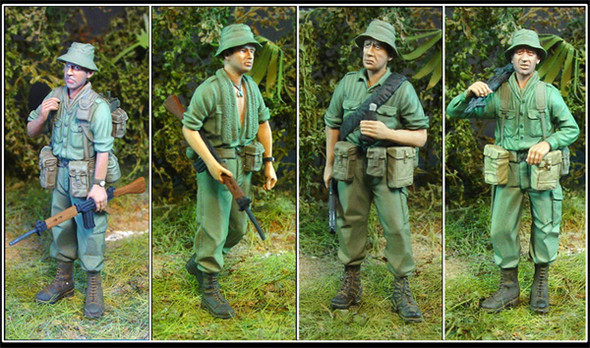 Australian Infantry Multipose set (4)