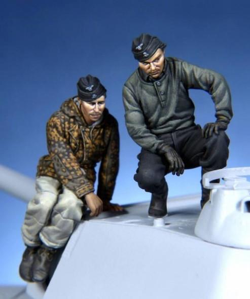 German Panther crew