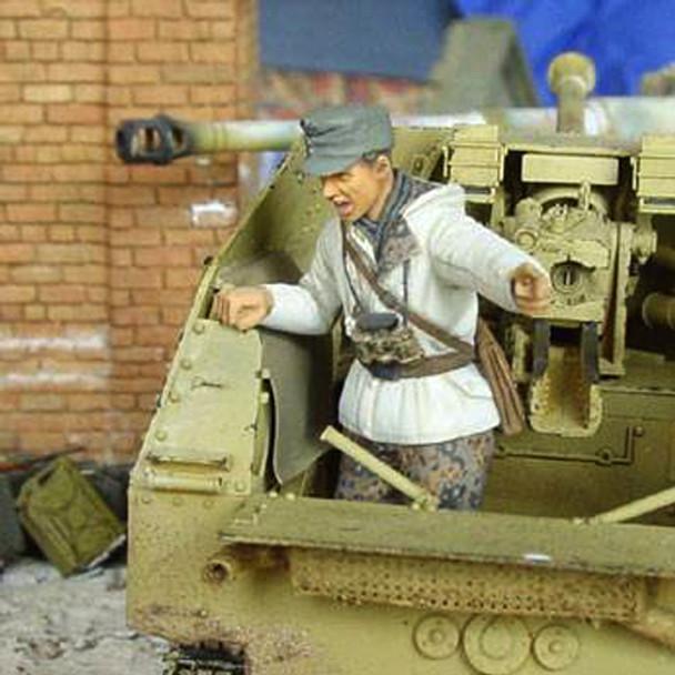 Marder tank Commander