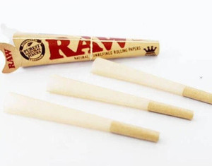 Raw Pre-Rolled Cones 1 1/4 3pack