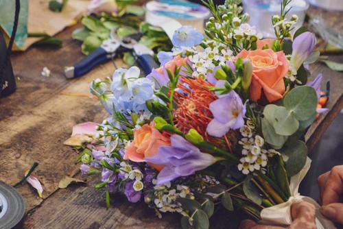 Seasonal Hand-Tied Bouquet & Table Arrangement