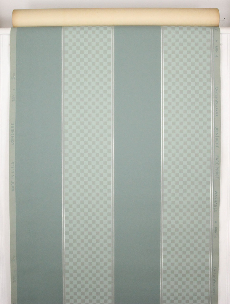 1940s Vintage Wallpaper Green Check