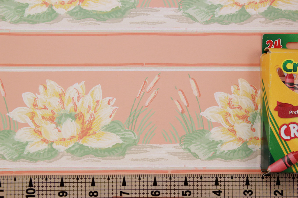 1940s Vintage Wallpaper Border Lillies