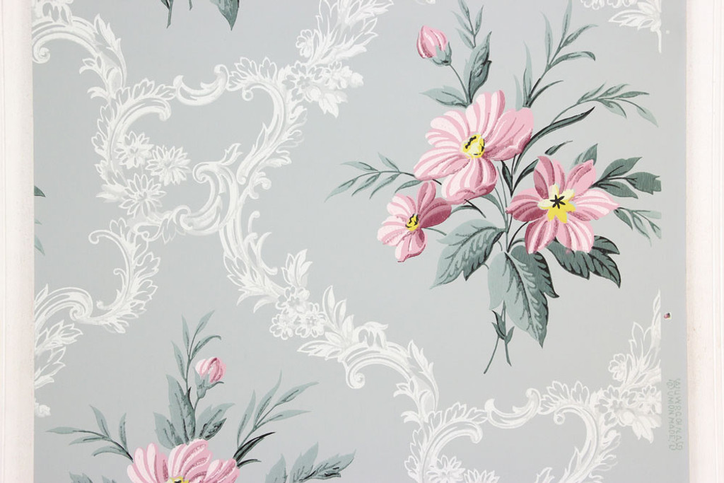 1940s Vintage Wallpaper Pink Bouquets on Gray