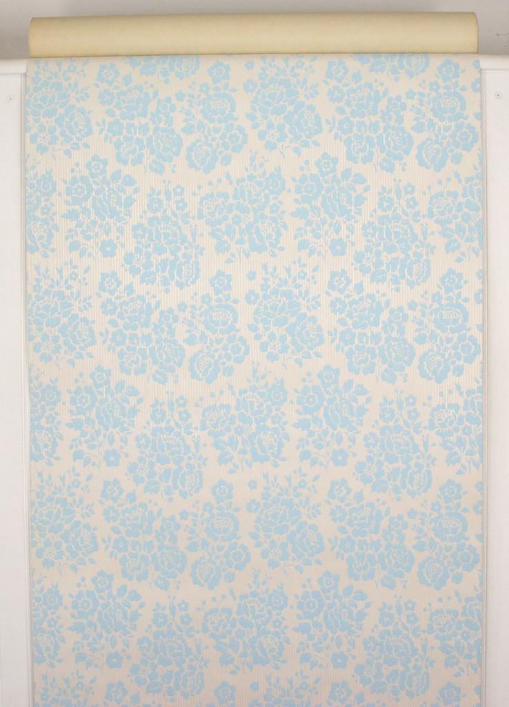 1960s Vintage Wallpaper Rose Bouquets Blue