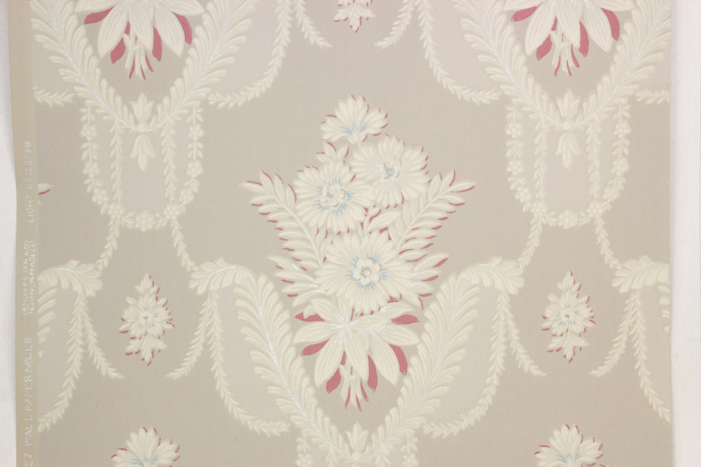 1940s Vintage Wallpaper White Floral Bouquets on Gray