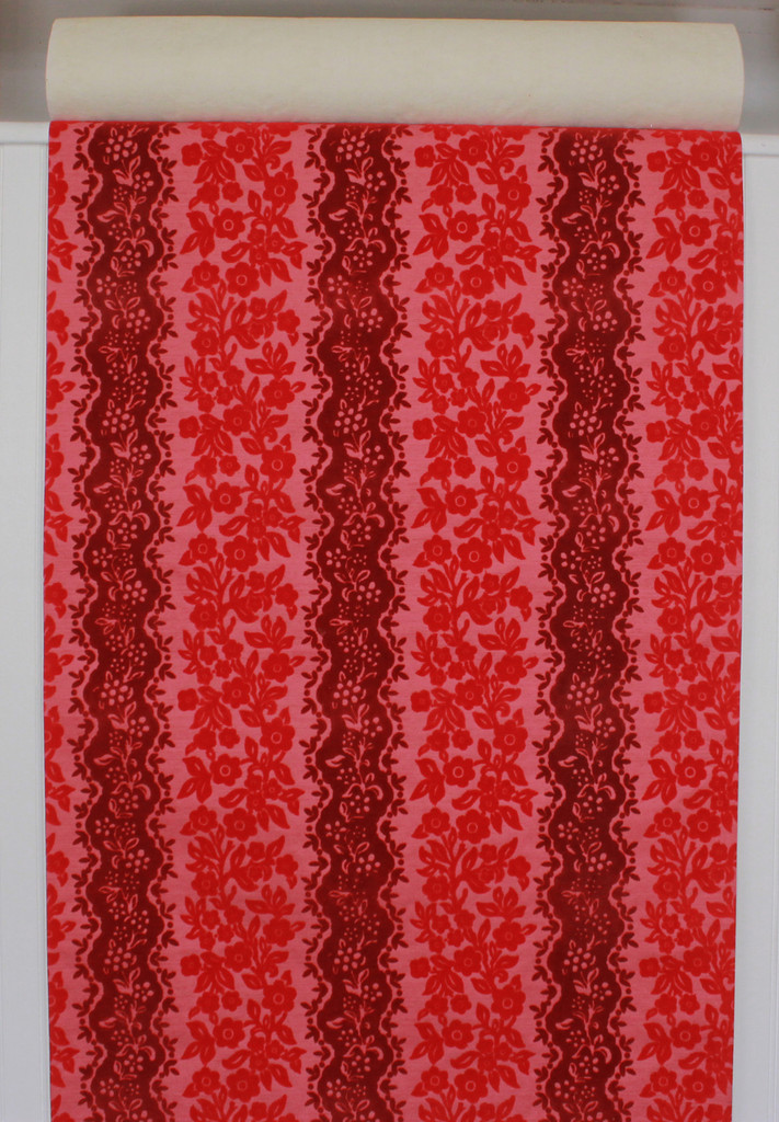 1970s Retro Vintage Wallpaper Red and Pink Flock