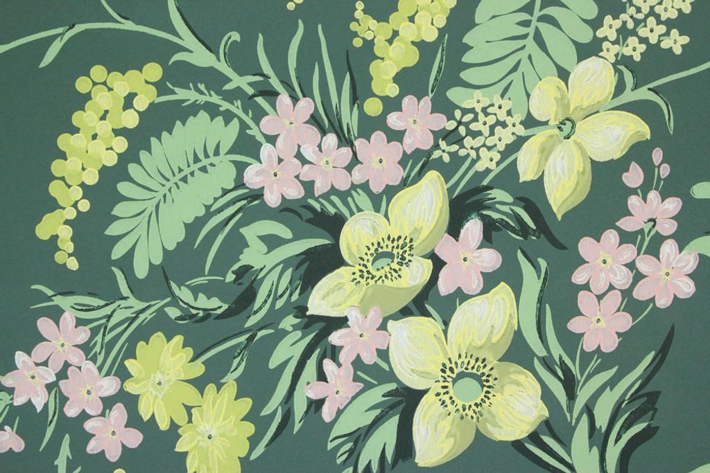 1940s Vintage Wallpaper Pretty Bouquets on Dark Green