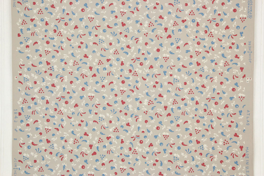 1940s Vintage Wallpaper Small Red and Blue Fruit Veggies