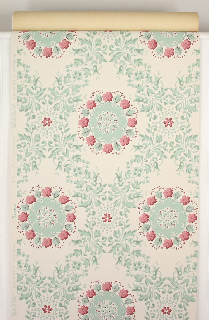 1950s Vintage Wallpaper Dark Pink and Green Floral Geometric
