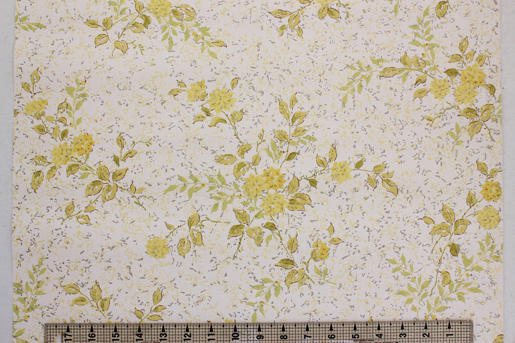 1970s Vintage Wallpaper Retro Yellow Flower Bouquets