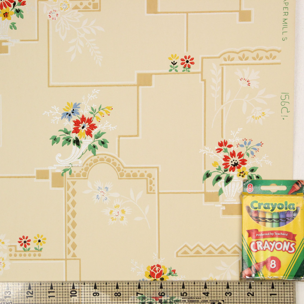 1930s Vintage Wallpaper Red Yellow Flower Bouquets on Tile