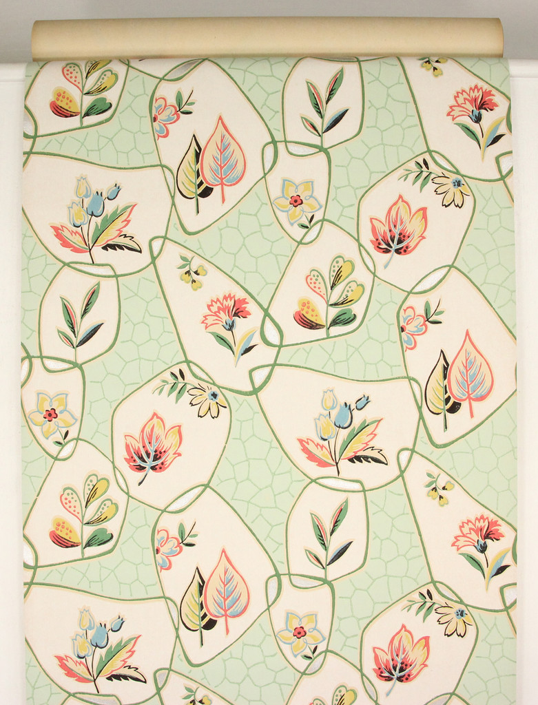 1930s Vintage Wallpaper Red Blue Flowers on Green