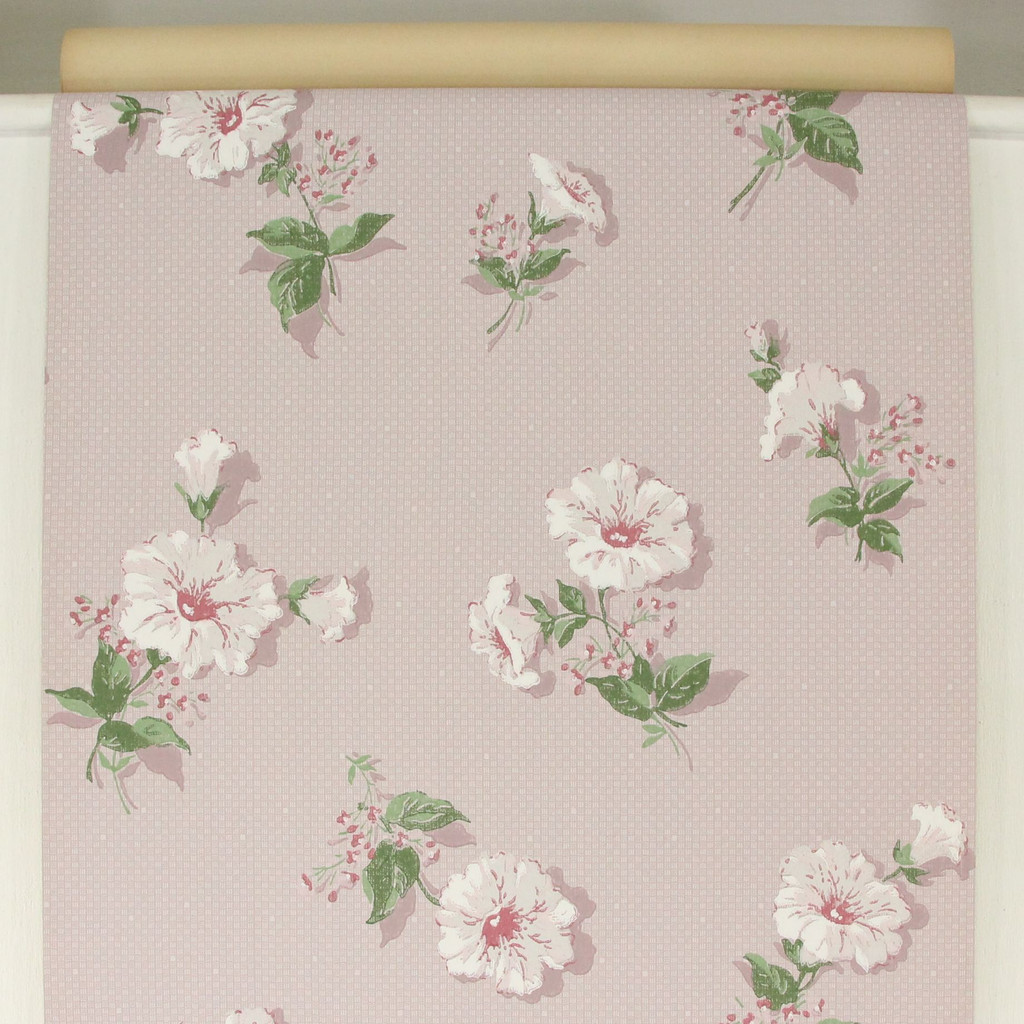 1950s Vintage Wallpaper White Flowers on Lilac