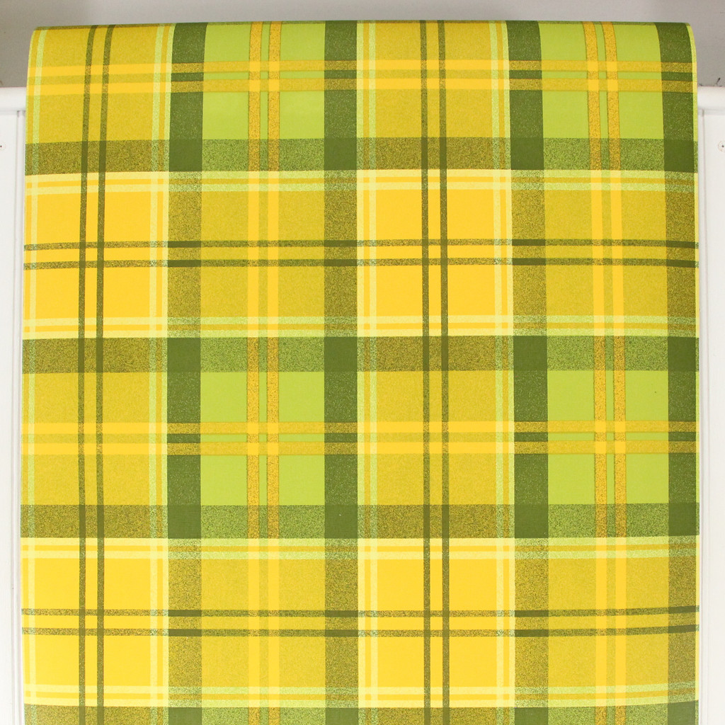 1970s Vintage Wallpaper Cabin Style Yellow Green Plaid