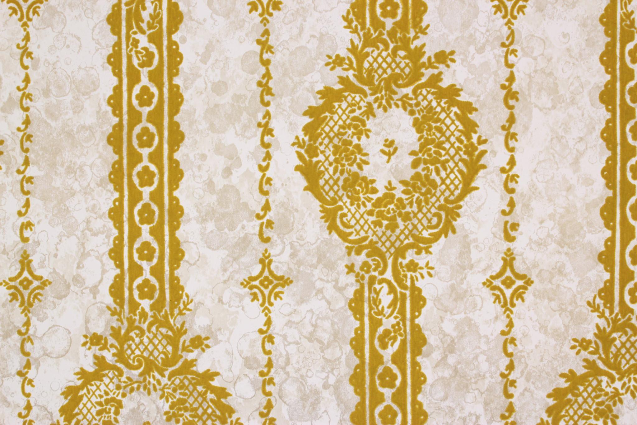 1970s Vintage Wallpaper Gold Green Flock Design On Marble