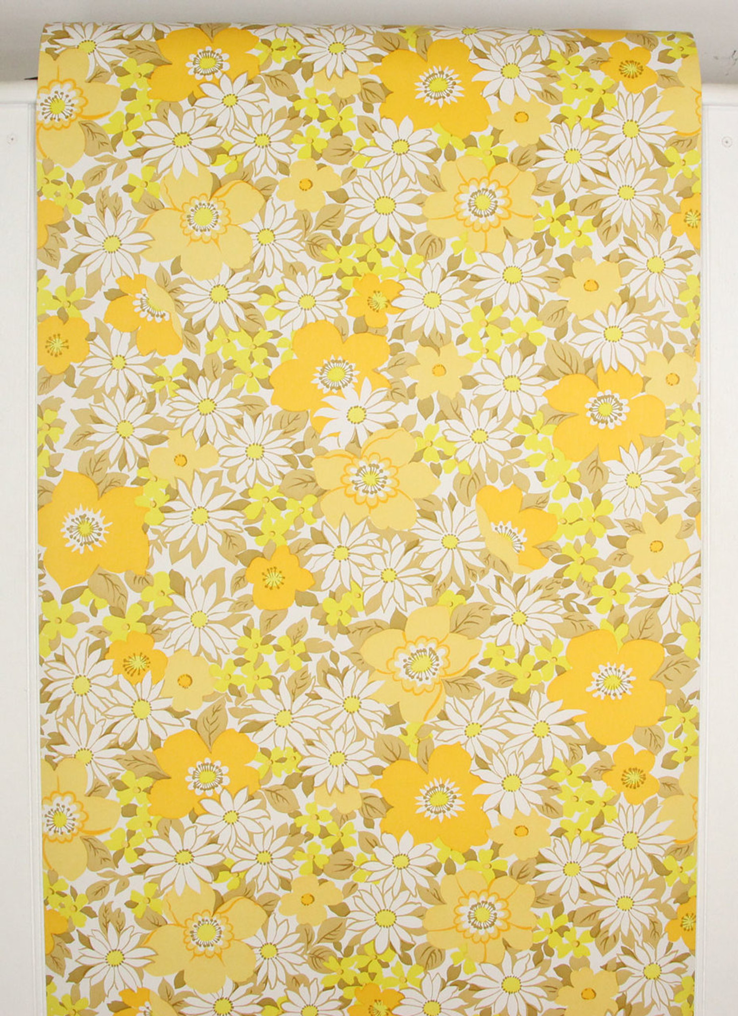 1970s Vintage Wallpaper Retro Yellow And White Flowers Rosies