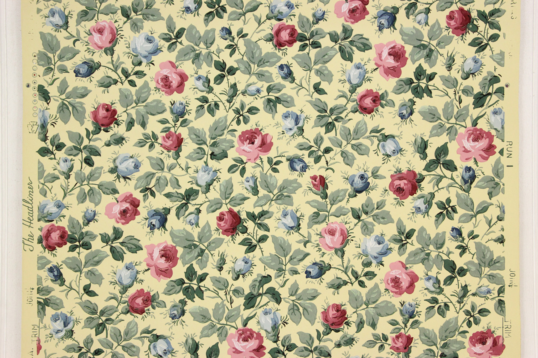 1950s Vintage Wallpaper Pink And Blue Roses On Yellow Rosie S