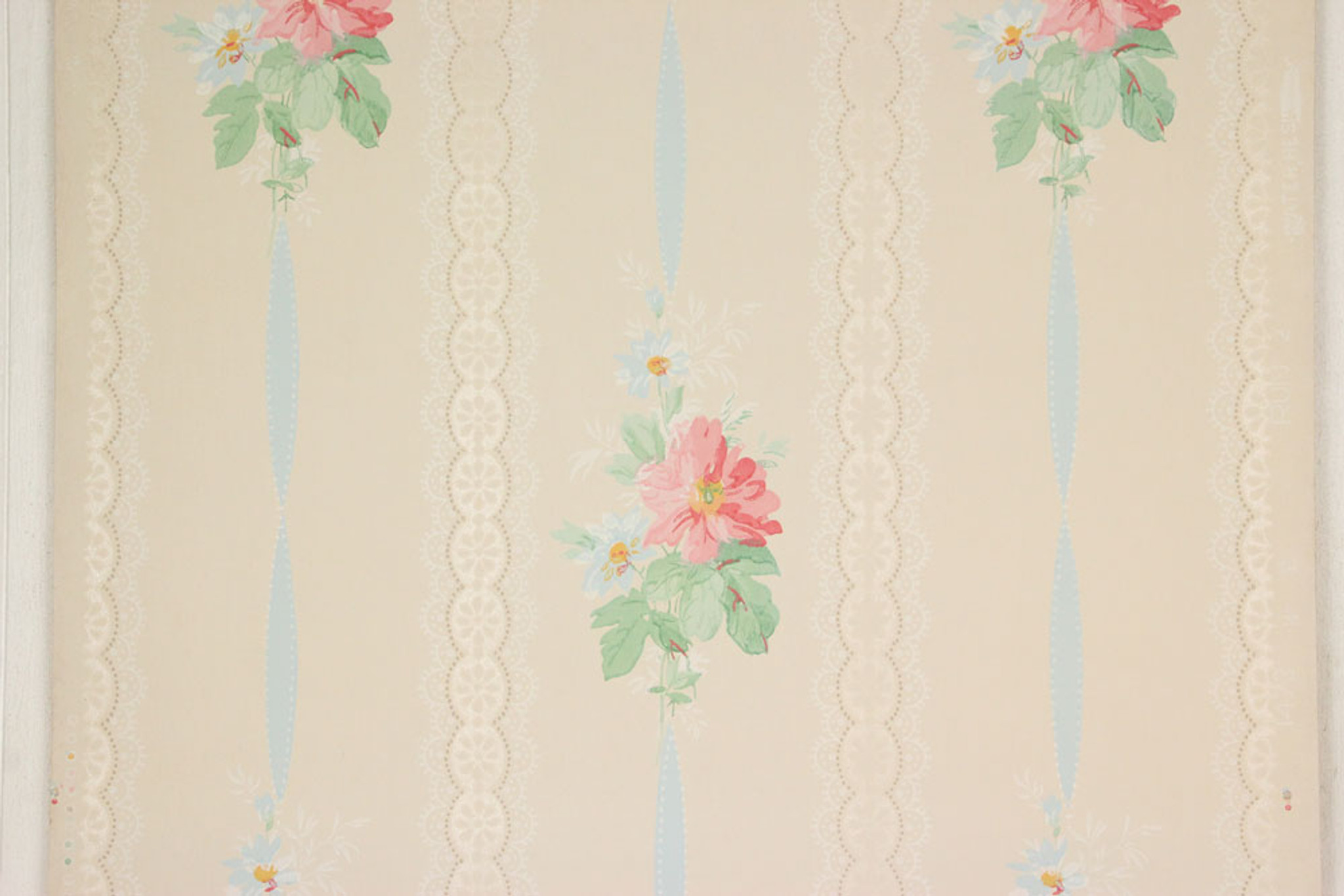 1940s Vintage Wallpaper Pink Flowers Blue Ribbon Rosie S Vintage