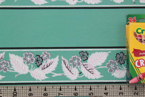 1940s Vintage Wallpaper Border White Leaves