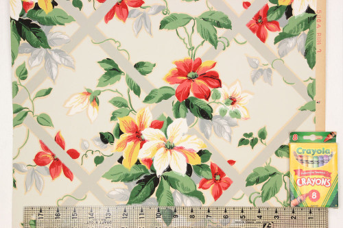 1930s Vintage Wallpaper Red and White Flowers Lattice on Gray