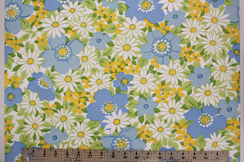 1970s Vintage Wallpaper Retro Flowers Blue and White