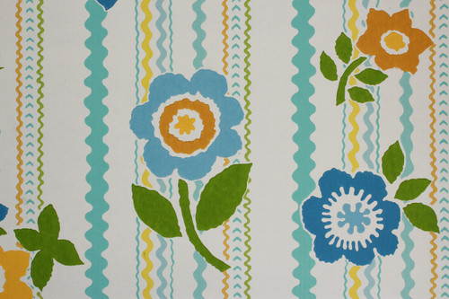 1970s Vintage Wallpaper Rick Rack Floral