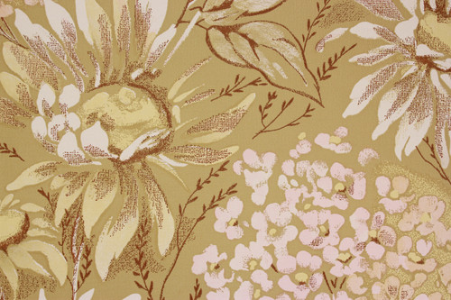1970s Vintage Wallpaper Large Flowers on Green