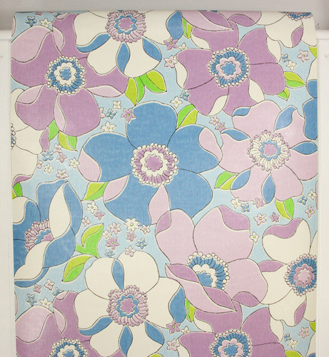 1970s Vintage Wallpaper Retro Large Blue and Purple Flowers
