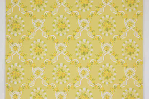 1970s Vintage Wallpaper Yellow and Orange Flower Bouquets